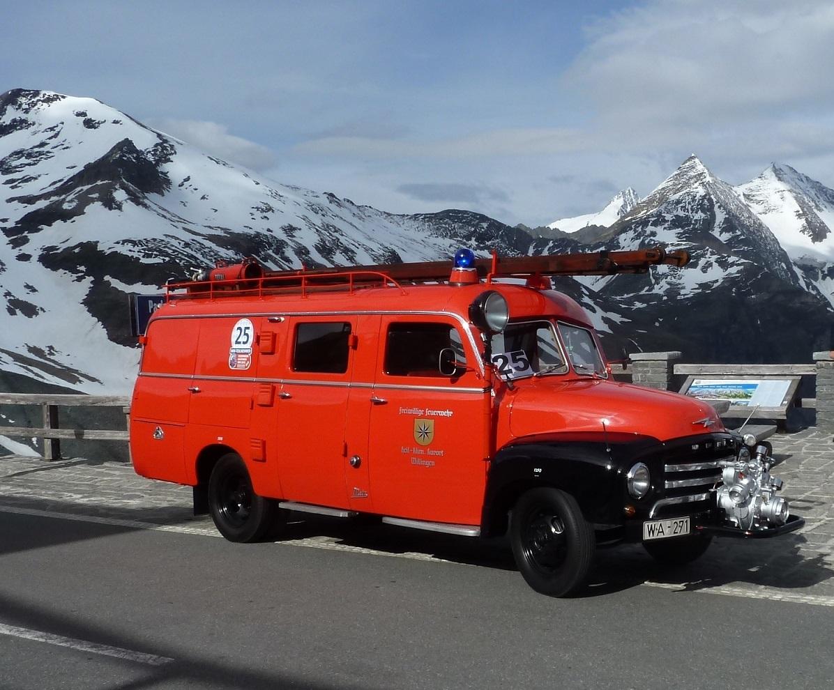Auto Restauration Feuerwerauto Willingen